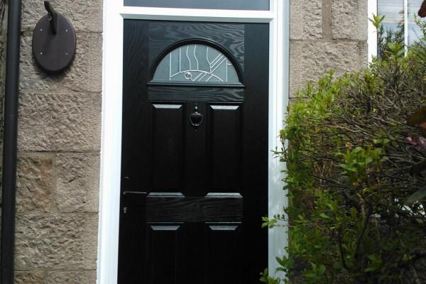 black 4 panel 1 arch composite door top box 1