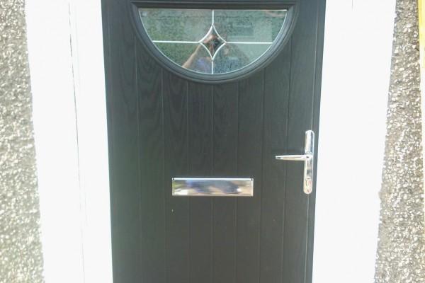 black-circle-Global-Composite-Door