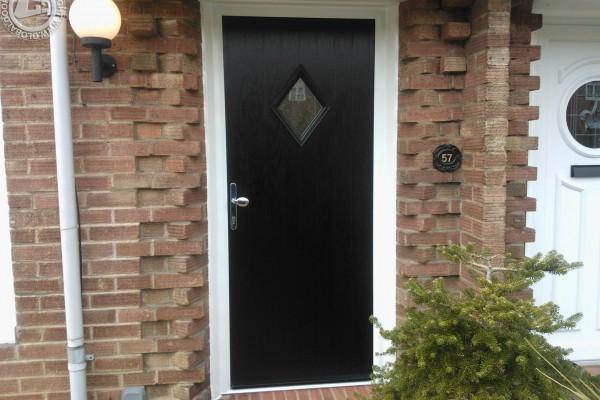 black-diamond-global-composite-door 2
