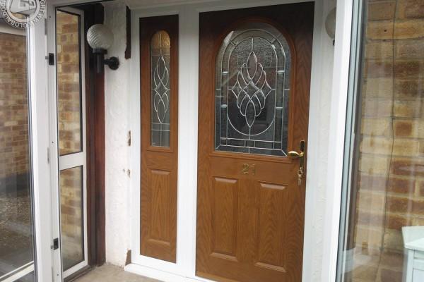 oak-2-panel-1-arch-global-composite-door