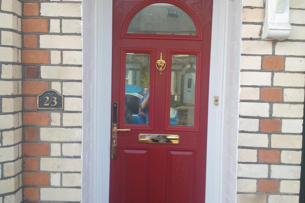 red-2-panel-2-square-1-arch-global-composite-door 2