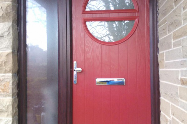 red circle Composite Door side panel