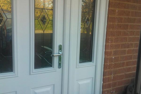 white-2-panel-2-arch-global-composite-door