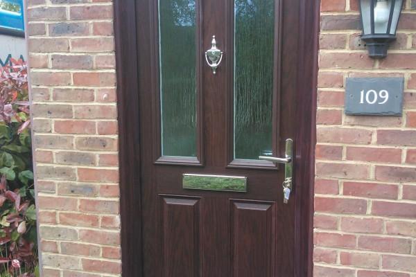woodgrain-2-panel-2-square-global-composite-door