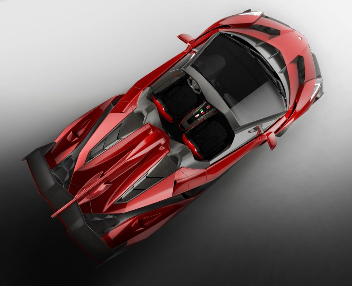 veneno_roadster_top