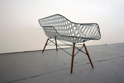 carbon_fiber_eames_sofa_matthew_strong_05