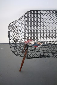 carbon_fiber_eames_sofa_matthew_strong_07-thumb-468x702-69509