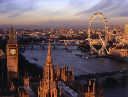 Río Támesis a su paso por Londres