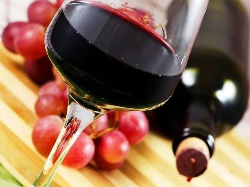 Vino contiene probióticos buenos para la salud
