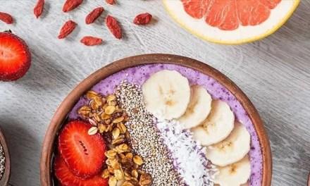 Bowl de Kéfir, plátano y fresa