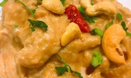 Pollo en salsa de cacahuete y kéfir