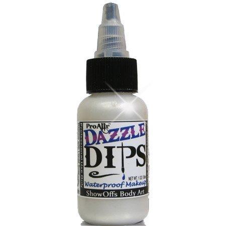 No utilice agua! • Deje que se seque naturalmente (reactivar con alcohol cuando esté listo para volver a utilizar) o frotar jabón líquido a través de las cerdas y séquelo con toalla de papel. Diga adiós a las tazas de agua sucia. ¡ProAiir DIPS es LA MAQUINA DE BATALLA de maquillaje para combatir condiciones extremas! DIPS a prueba de agua, pintura para cara, blanco - 1 fl oz