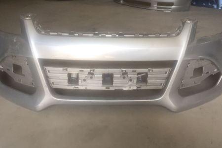 Parachoque Ford Escape 2013-2016