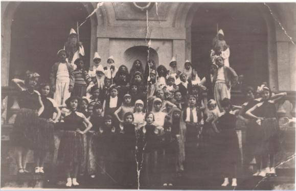 Bibbiena 23 maggio 1933  - Casa della Scuola Luigi Gori - classe V elementare -                                   Operetta Il Canto delle sirene