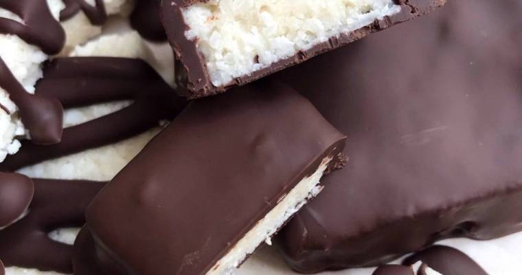Healthy Homemade Mounds Bars