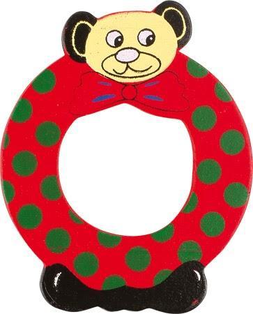Lettre O en bois rouge motif petit ourson 6cm