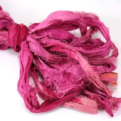 Ruban de soie de sari rose pour couture, bijoux, artisanat, art textile