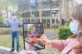 5G助陣!Hami書城推AR電子書 美女實境互動最受歡迎