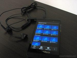 Casti BlackBerry Z10