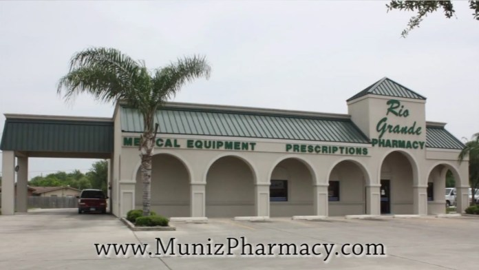 Muniz-Rio-Grande-Pharmacy-Exterior
