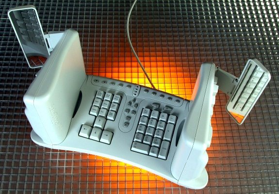 Most extreme ergonomic keyboard  hardware  The Computer