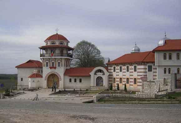 Ansamblul Manastirii Dervent