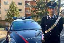 Photo of Carabiniere salva neonata che rischia di soffocare