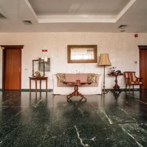 un hotel de 4 stele din Bucuresti