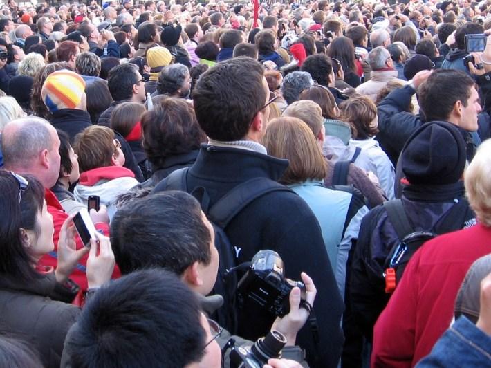 come creare la fila di clienti davanti al tuo business