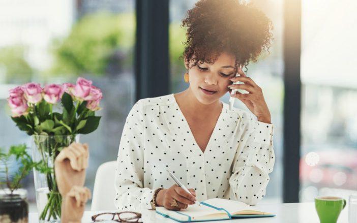 donna lavoro, donna lavoratrice, donna business, donna telefono, donna telefono