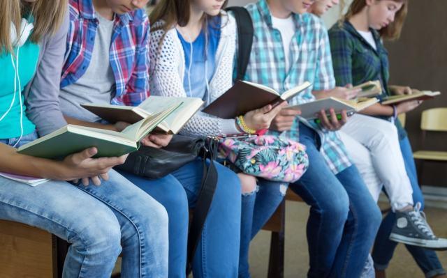 La lectura fortalece el cerebro, mejora la salud y desarrolla el conocimiento