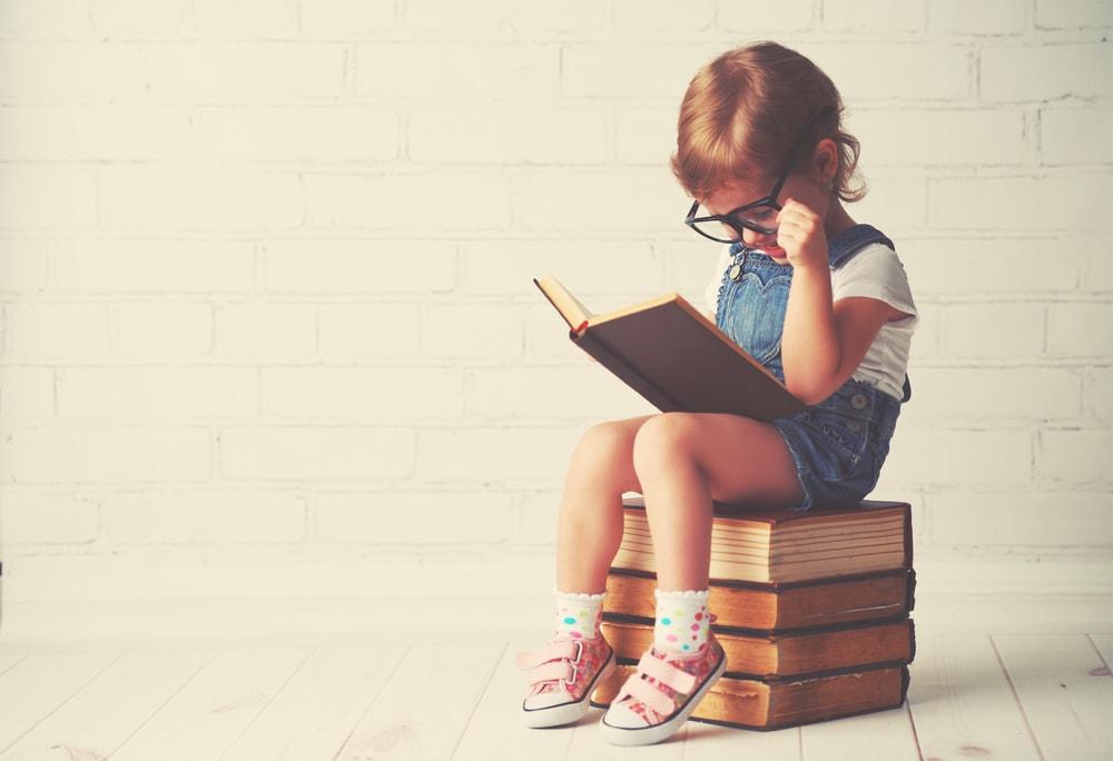 Las 9 etapas por las que todo lector de libros pasa a lo largo de su vida