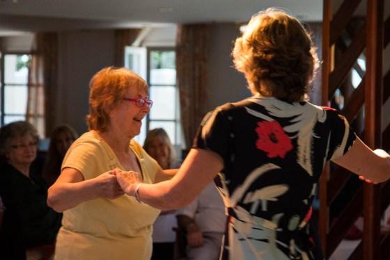 Retiro 2015 Family dance Audry y Helen