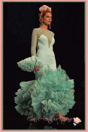 Plumeti en turquesa para traje de flamenca de Patricia Bazarot