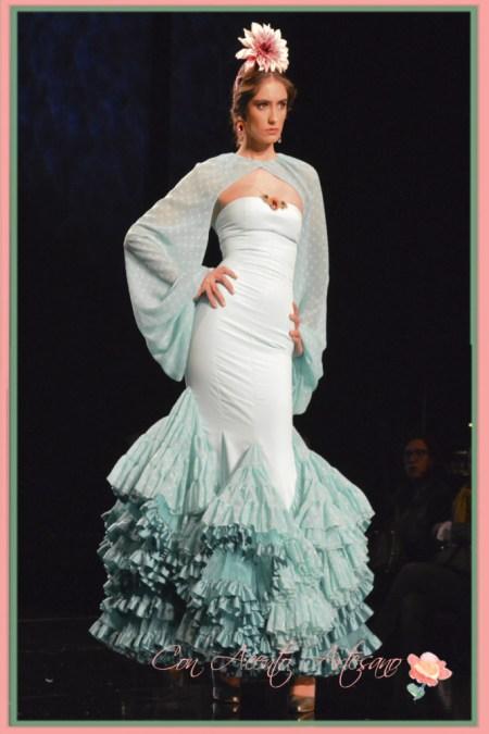 Traje de flamenca de palabra de honor de Patricia Bazarot en SIMOF 2015