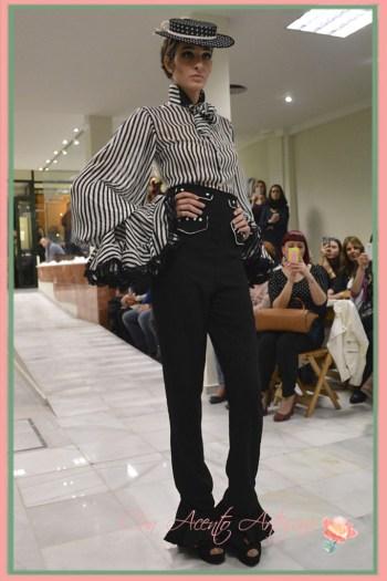 Blusa y pantalones con aires flamencos de Rosalia Zahino