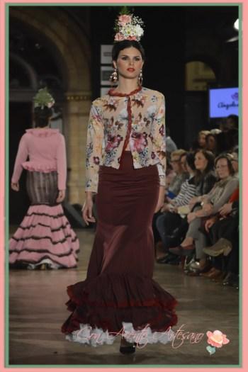 Chaqueta y falda evasé flamencas de Ángeles Copete