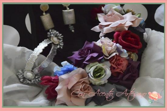 Corona de flores de Ópalo Negro para traje de flamenca de Ángeles Gálvez