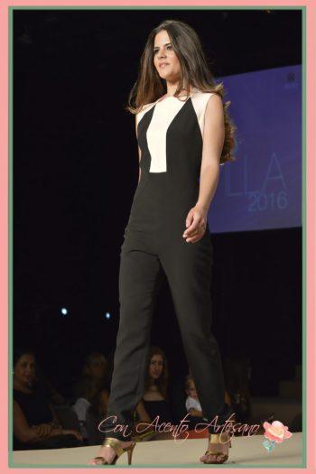 Mono en bicolor de María José Suárez en Miss World Sevilla 2016