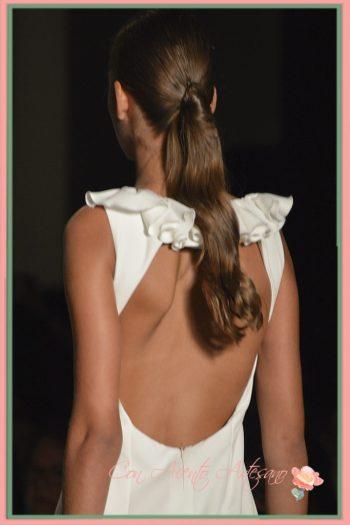 Vestido de novia con espalda a la vista de MCH - María Cristina Hernández