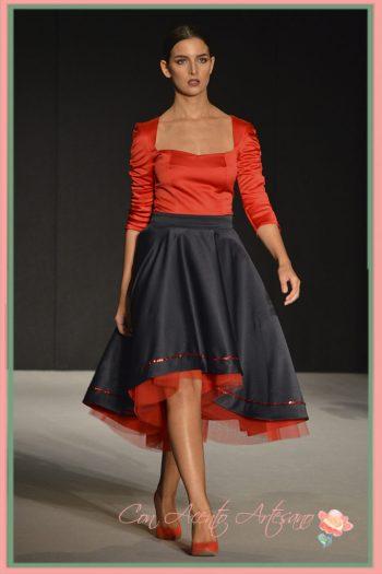 Falda doble largo a juego con top rojo de Marobe en Code41 Trending
