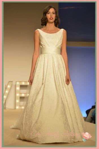 Vestido de novia de Ana Torres en Sevilla de Boda