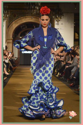 Los lunares de colores no se rompen en los trajes de flamenca de Carmen Fitz