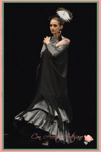 Traje de flamenca de Ángeles Gálvez inspirado en Guernica de Picasso