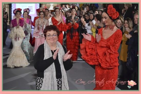 Carmen Acedo tras el carrusel del desfile de su colección Caléndula en We Love Flamenco 2018