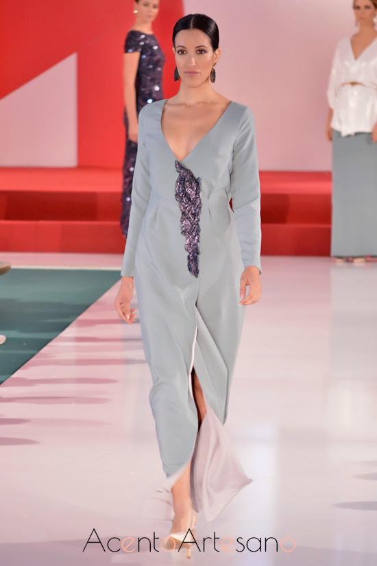 Vestido estilo kimono cruzado de Belyca