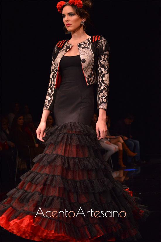 Traje de flamenca con chaqueta corta de Atelier Rima