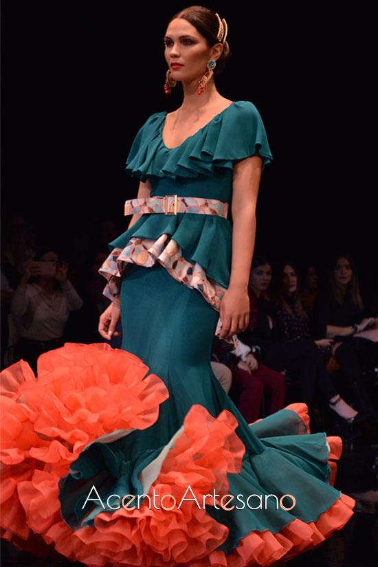 Traje de flamenca dos piezas en verde de Cristina Vázquez