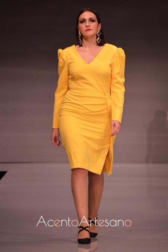 Vestido amarillo de Rosas Rosas en su colección Carmen