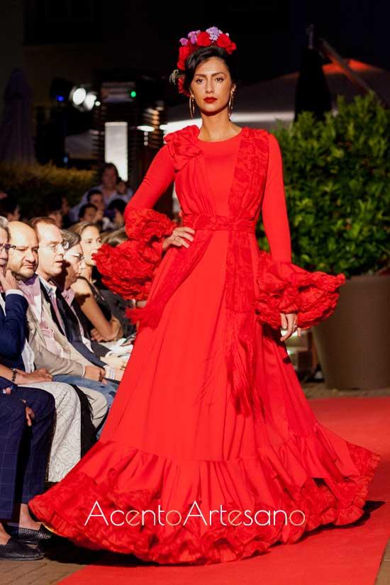 Traje de flamenca rojo de Yolanda Moda Flamenca